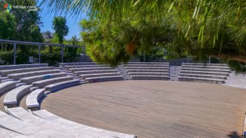 Υπαίθριο αμφιθέατρο νέα παραλία