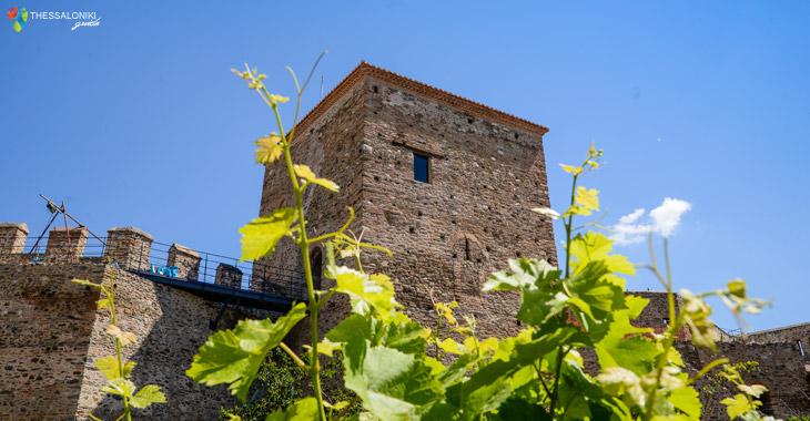 Ένας από τους Πύργους του φρουρίου Γεντί Κουλέ