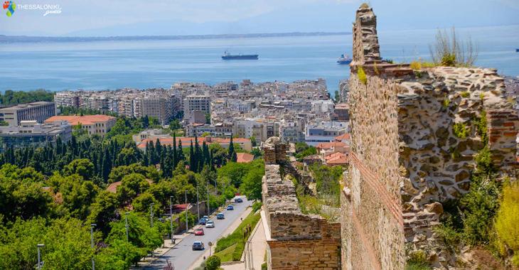 Υπέροχη θέα από την Άνω Πόλη της Θεσσαλονίκης