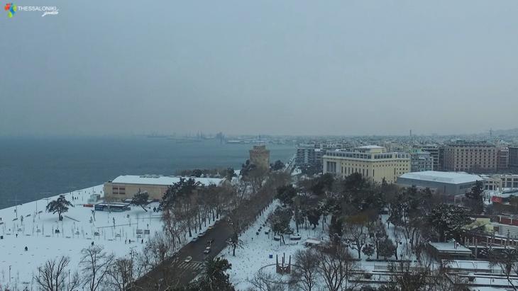 Η χιονισμένη Θεσσαλονίκη από ψηλά (2017)