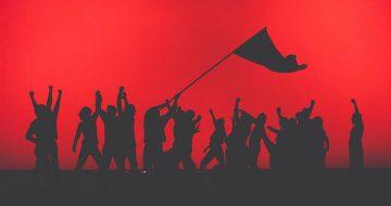 """""""Ρώσικη Επανάσταση"""" του Τσέζαρις Γκραουζίνις"""