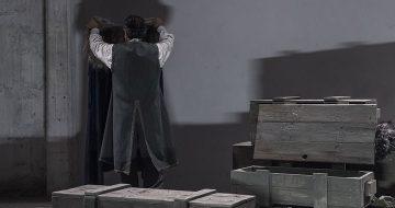 """""""Ο πατέρας του Άμλετ"""" του Μάνου Ελευθερίου στο Θέατρο Αθήναιον"""