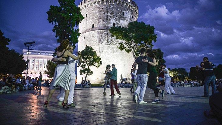 Outdoor Milonga La Esquina στο Λευκό Πύργο