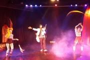 «Ζητείται Ακροβάτης για Τσίρκο»