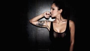 NON Aesthetics παρουσιάζουν την Deborah De Luca, μια από τις πιο αναγνωρίσιμες φιγούρες της Ιταλικής techno σκηνής