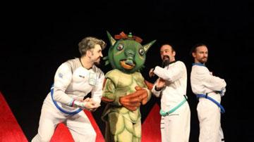 «Οι Τρεις Κοσμοναύτες» - Θέατρο Αμαλία