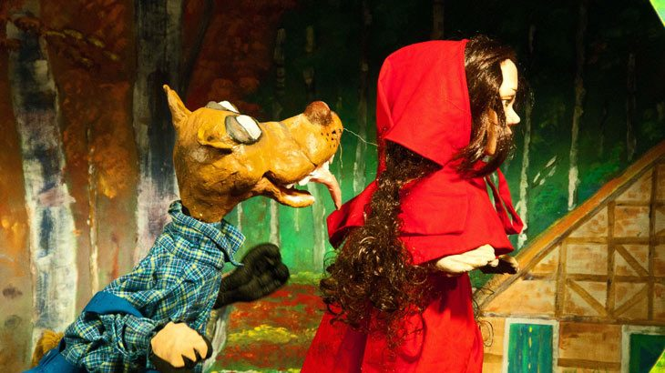 Κάθε Κυριακή του Μαρτίου «Η Κοκκινοσκουφίτσα και ο καλός Λύκος» μας περιμένουν στη ΧΑΝΘ