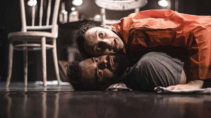«Λιωμένο Βούτυρο» στο Θέατρο Άνετον
