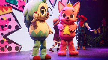 Η παράσταση «Pink Fong Baby Shark Live Musical» έρχεται στη Θεσσαλονίκη!