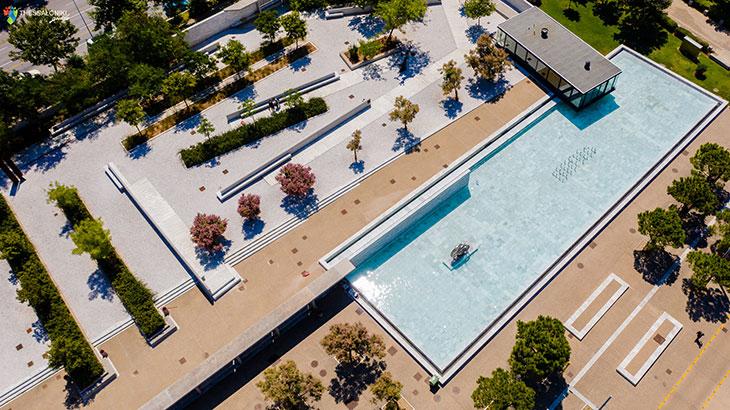 Κήπος των Γλυπτών Νέα Παραλία